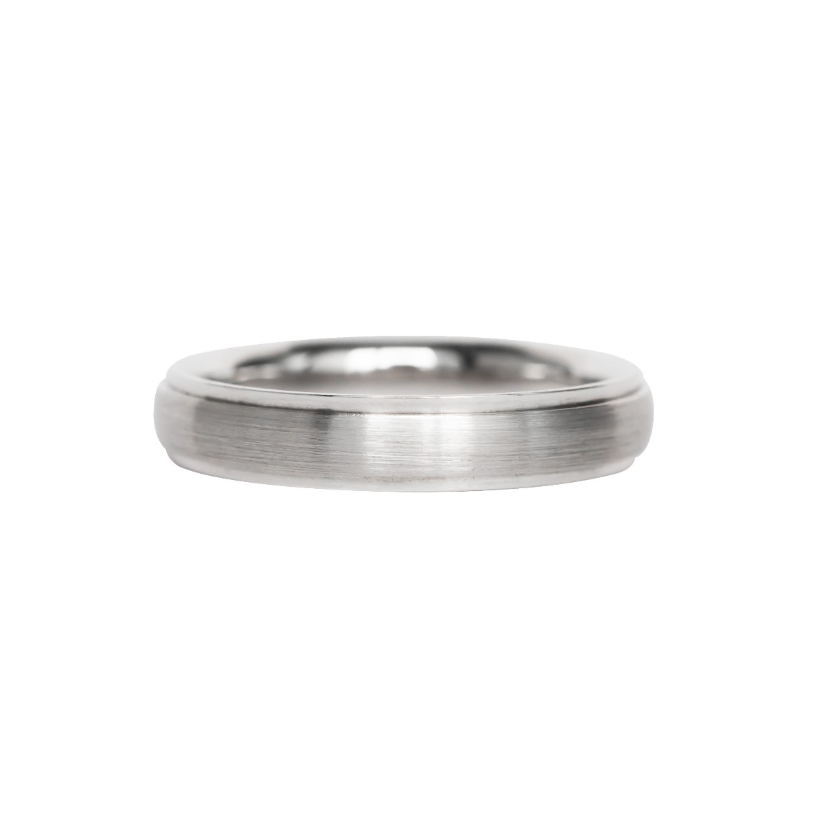 Men's Comfort Fit Wedding Band with Brushed Center and Shiny Edges in White Gold (5mm)
