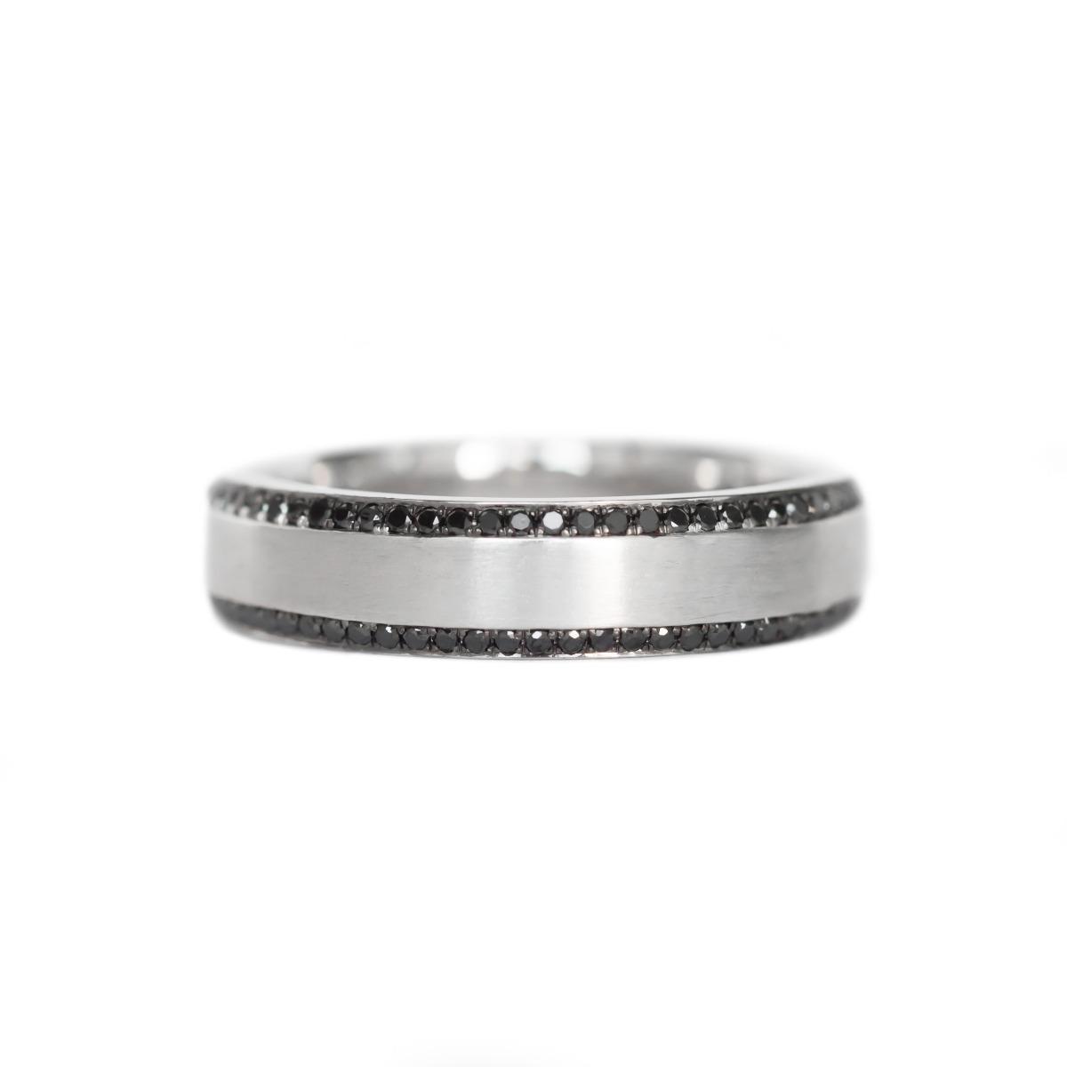 Men's Beveled Edge Wedding Band With Black Diamonds Along Edges in White Gold (5mm)